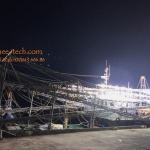 Bảo trì/sửa chữa máy phát điện trên tàu cá Phú Yên